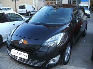 Foto 1 de Renault Grand Scenic 2.0 Privilege Auto-CVT 5 Plazas 110kW (150CV)