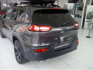 Foto 3 de Jeep Cherokee 2.2 CRD Night Eagle Aut 4x4 200CV