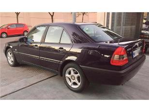 Foto 1 de Mercedes-Benz Clase C C 230 CLASSIC 110kW (150CV)