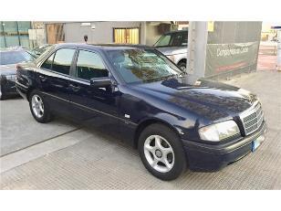 Foto 3 de Mercedes-Benz Clase C C 230 CLASSIC 110kW (150CV)