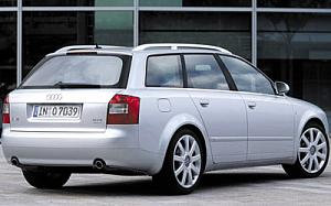 Audi A4 Avant 2.5 TDI quattro tiptronic 132kW (180CV) de ocasion en Girona