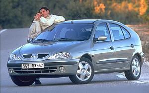 Renault Megane 1.6 Expression 82kW (110CV)  de ocasion en Barcelona