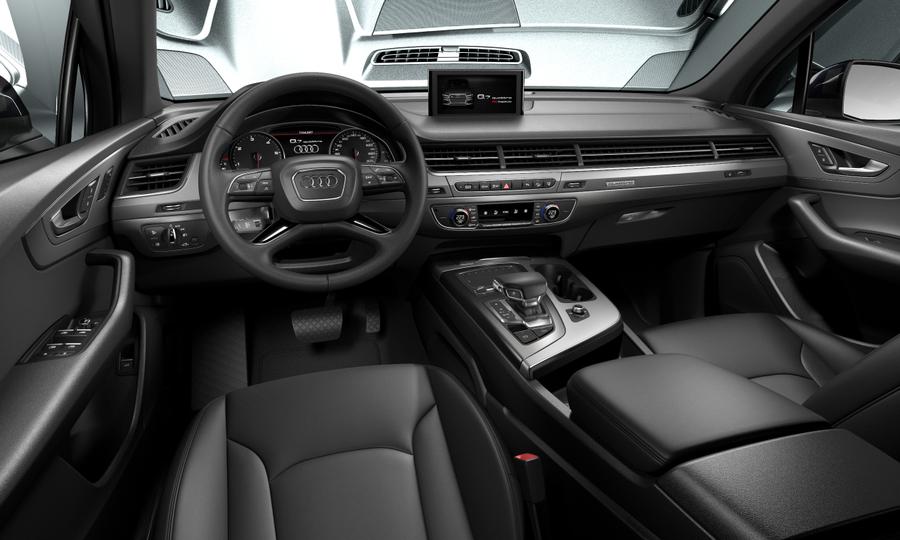 Vista Interior delantera de Audi Q7 3.0 TDI Design Quattro Tiptronic 200 kW (272 CV)