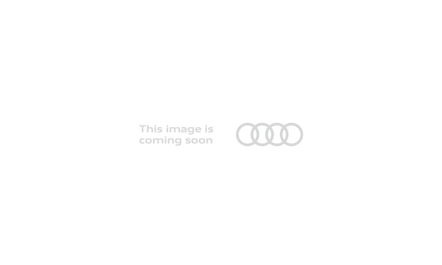 Vista Interior delantera de Audi A6 Avant 2.0 TDI Black line ultra S Tronic 140 kW (190 CV)