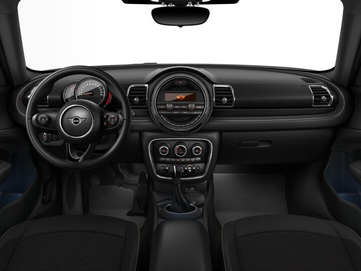 Vista Interior delantera del MINI Clubman One 75 kW (102 CV)