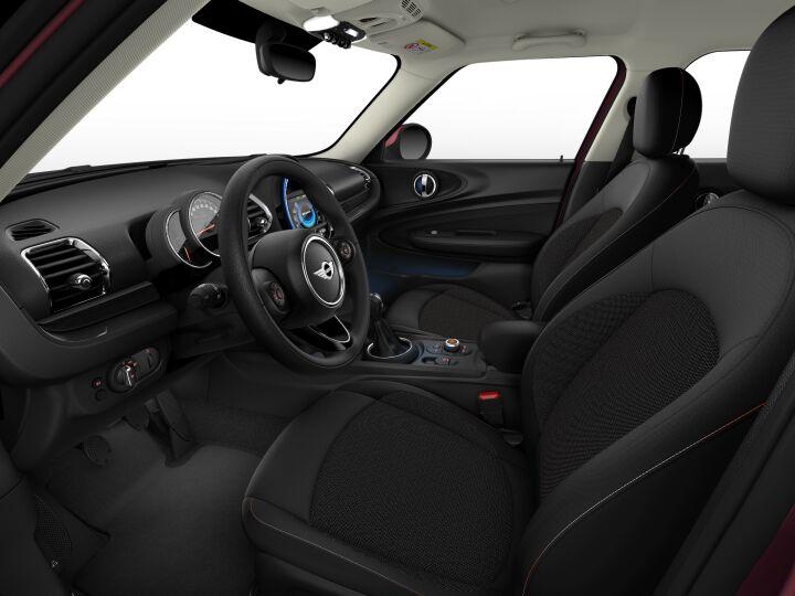 Vista Interior derecha del MINI Clubman 75 kW (102 CV)