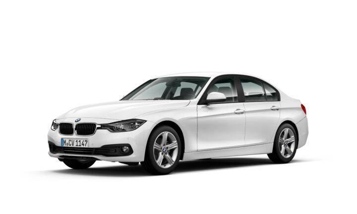 Vista Tres cuartos delantera izquierda del BMW Serie 3 318d