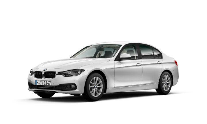 Vista Tres cuartos delantera izquierda del BMW Serie 3 318i