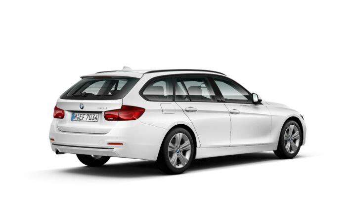 Vista Tres cuartos trasera izquierda del BMW Serie 3 316d Touring