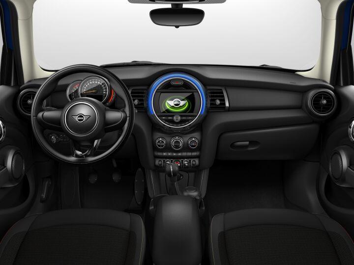 Vista Interior delantera del MINI 5 Puertas ONE D 70 kW (95 CV)