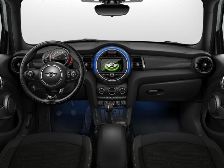 Vista Interior delantera de MINI MINI 5 Puertas Cooper D 85 kW (116 CV)