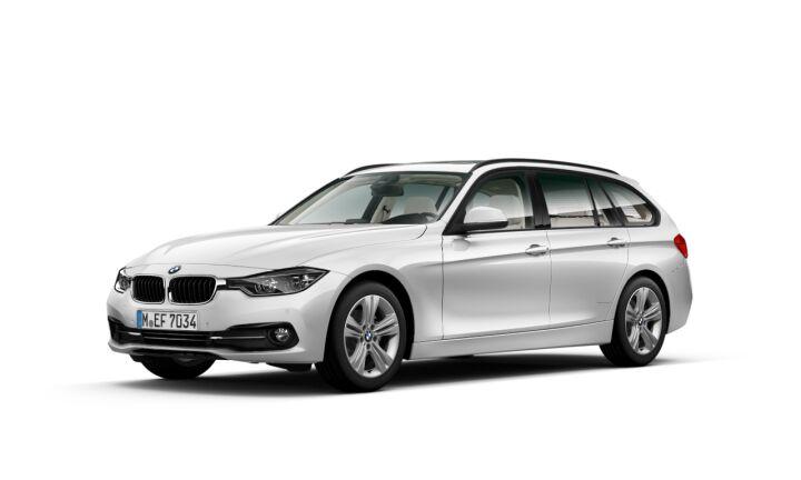 Vista Tres cuartos delantera izquierda del BMW Serie 3 318d Touring