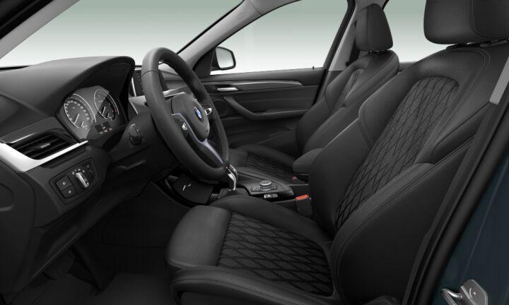 Vista Interior derecha de BMW X1 sDrive18d 110 kW (150 CV)