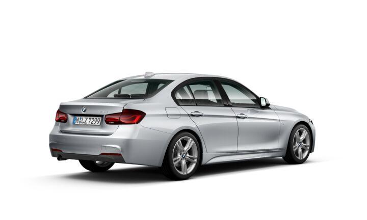 Vista Tres cuartos trasera izquierda del BMW Serie 3 318d