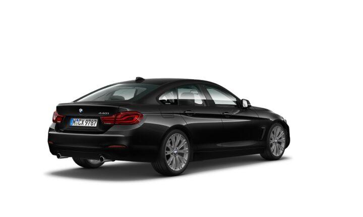 Vista Tres cuartos trasera izquierda del BMW Serie 4 440i Gran Coupe