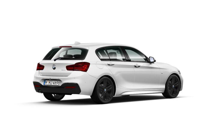 Vista Tres cuartos trasera izquierda del BMW Serie 1 120i
