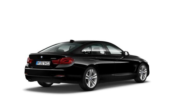 Vista Tres cuartos trasera izquierda del BMW Serie 4 420i Gran Coupe