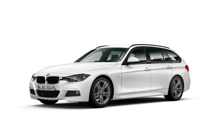 Vista Tres cuartos delantera izquierda del BMW Serie 3 320i Touring