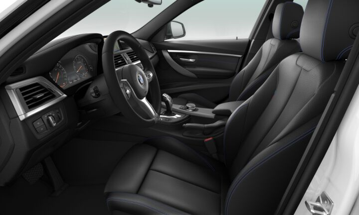 Vista Interior derecha del BMW Serie 3 320i Touring