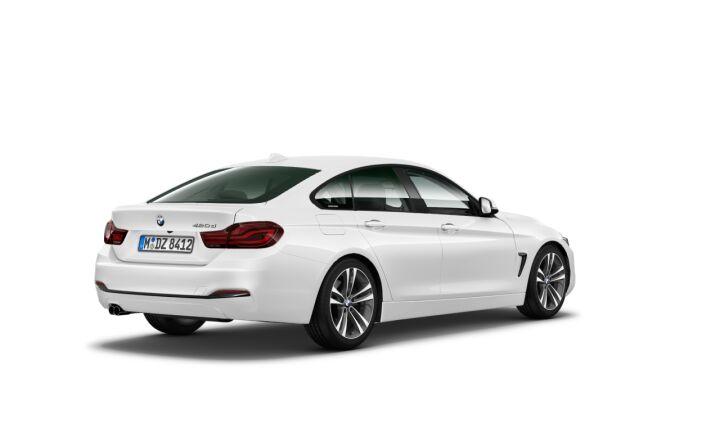 Vista Tres cuartos trasera izquierda del BMW Serie 4 420d Gran Coupe