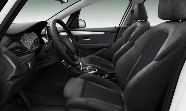 Vista Interior derecha del BMW Serie 2 220d Active Tourer