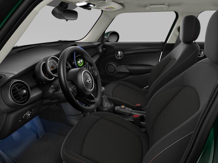 Vista Interior derecha del MINI 5 Puertas ONE D 70 kW (95 CV)