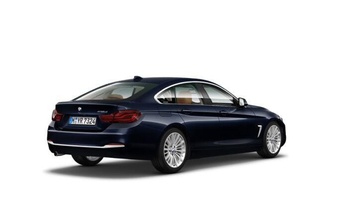 Vista Tres cuartos trasera izquierda del BMW Serie 4 418d Gran Coupe