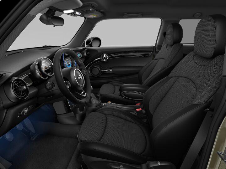 Vista Interior derecha del MINI 3 Puertas Cooper 100 kW (136 CV)