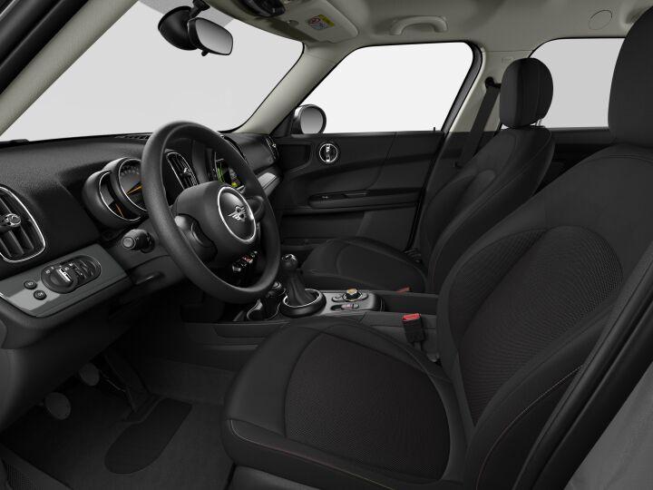 Vista Interior derecha del MINI Countryman Cooper 100 kW (136 CV)