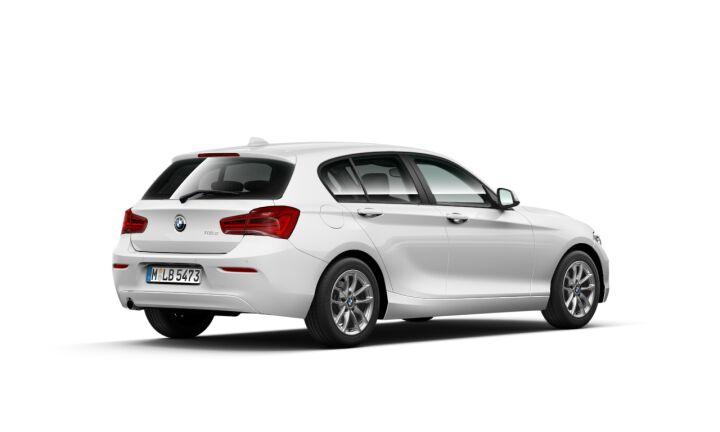 Vista Tres cuartos trasera izquierda del BMW Serie 1 118d 110 kW (150 CV)