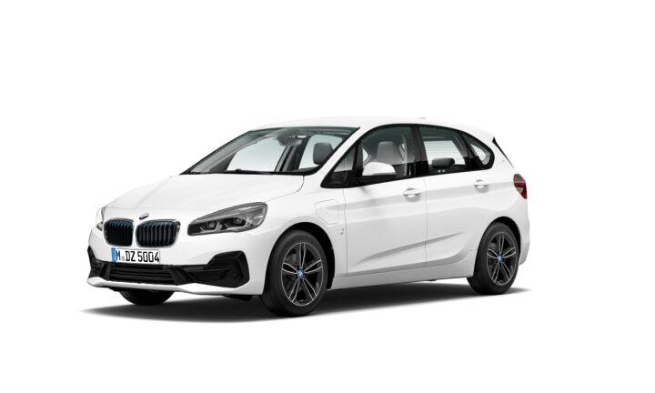 Vista Tres cuartos delantera izquierda del BMW Serie 2 225xe iPerformance Active Tourer