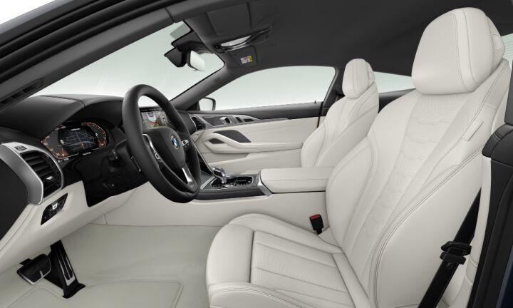 Vista Interior derecha del BMW Serie 8 M850i