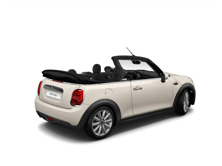 Vista Tres cuartos trasera izquierda del MINI Cabrio ONE 75 kW (102 CV)