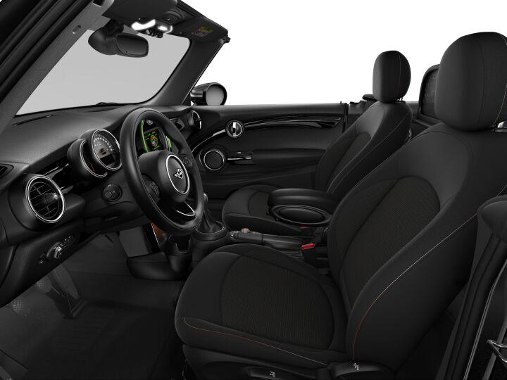 Vista Interior derecha del MINI Cabrio ONE 75 kW (102 CV)