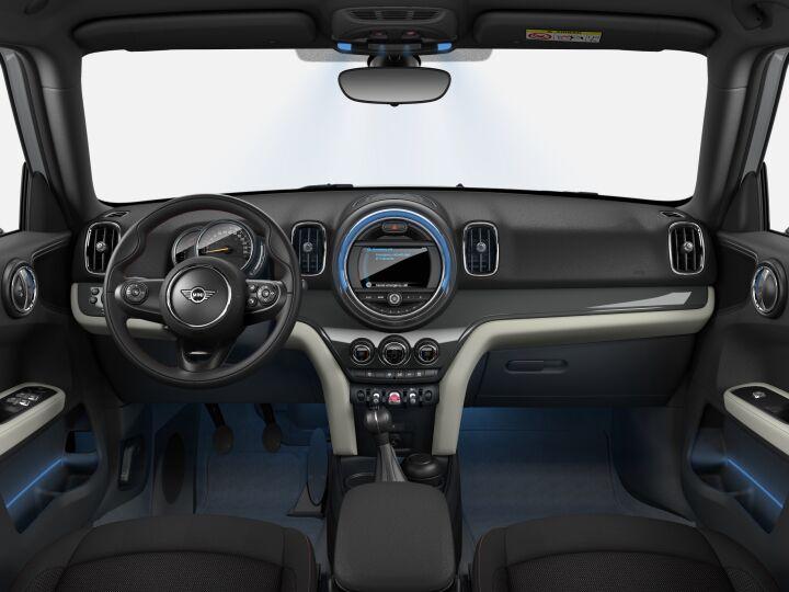Vista Interior delantera del MINI Countryman One 75 kW (102 CV)