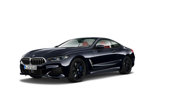 Vista Tres cuartos delantera izquierda del BMW Serie 8 840d