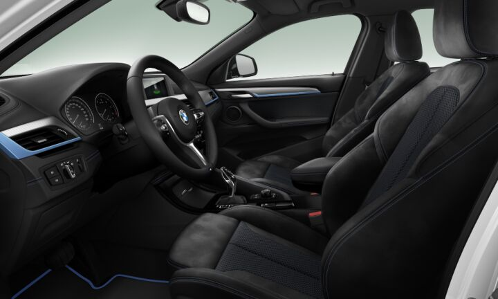 Vista Interior derecha del BMW X2 sDrive16d