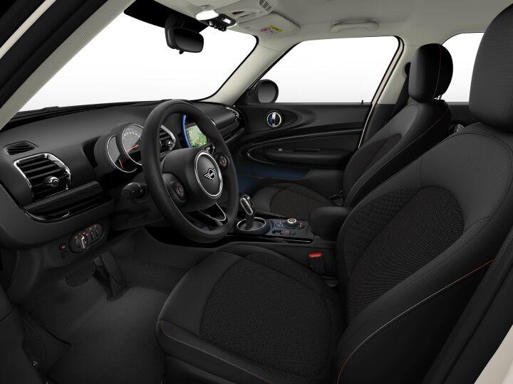 Vista Interior derecha del MINI Clubman Cooper 100 kW (136 CV)