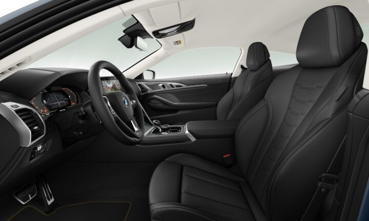 Vista Interior derecha del BMW Serie 8 840d