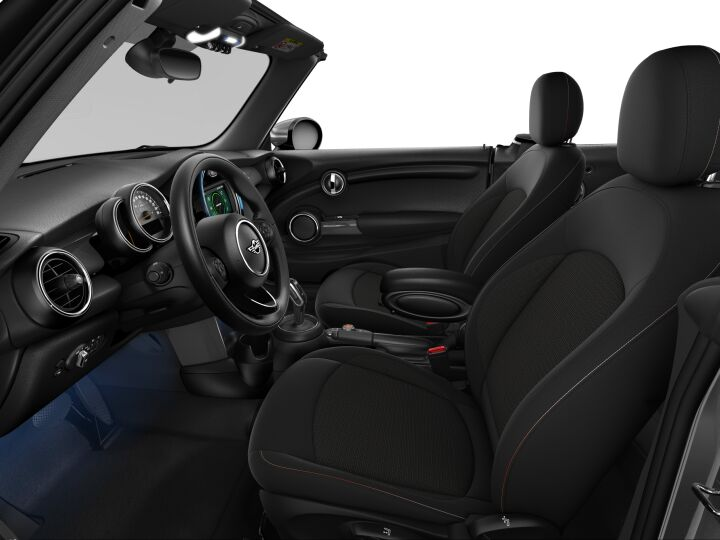 Vista Interior derecha del MINI Cabrio Cooper 100 kW (136 CV)