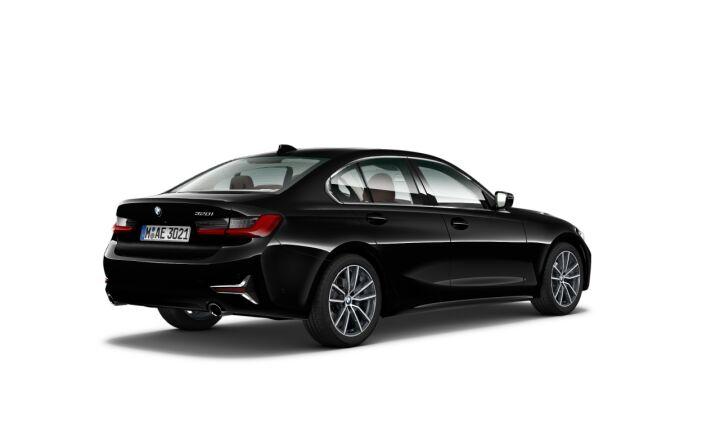 Vista Tres cuartos trasera izquierda del BMW Serie 3 320i