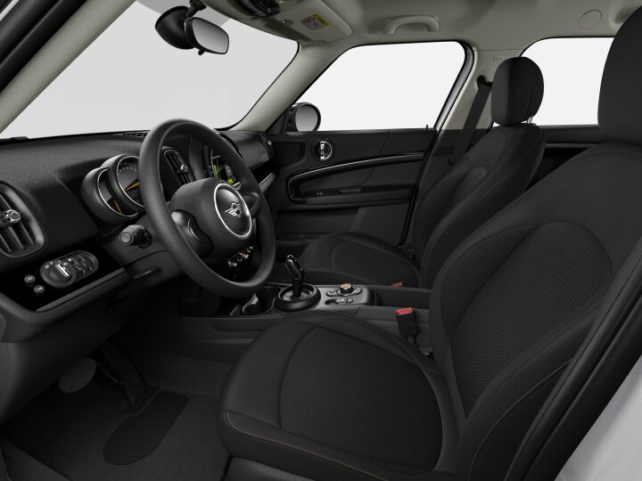 Vista Interior derecha del MINI Countryman Cooper D 110 kW (150 CV)