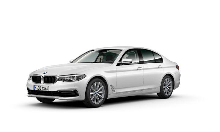 Vista Tres cuartos delantera izquierda del BMW Serie 5 520i 135 kW (184 CV)