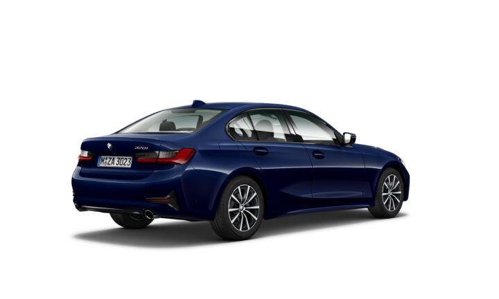 Vista Tres cuartos trasera izquierda del BMW Serie 3 320i 135 kW (184 CV)