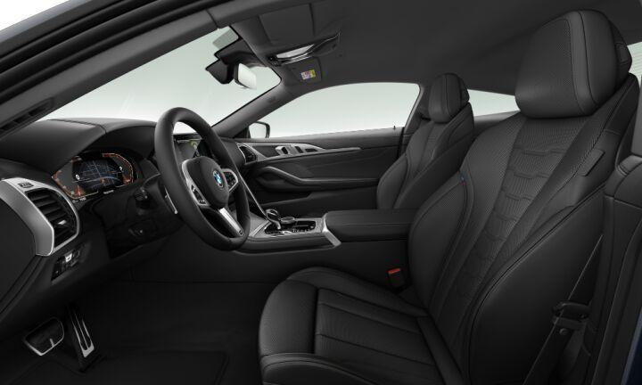 Vista Interior derecha del BMW Serie 8 840d Coupe