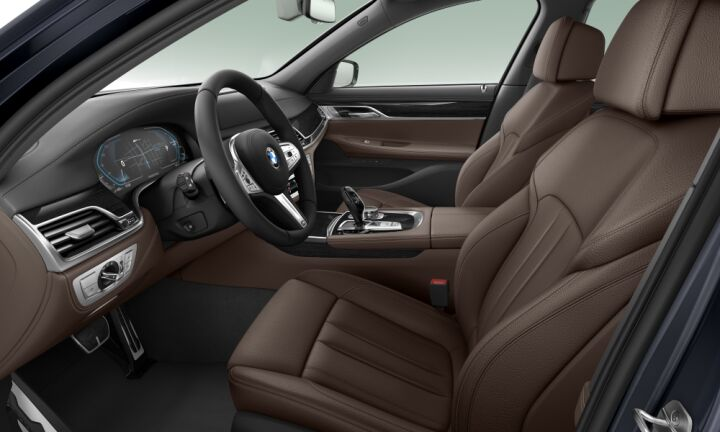 Vista Interior derecha del BMW Serie 7 745e iPerformance