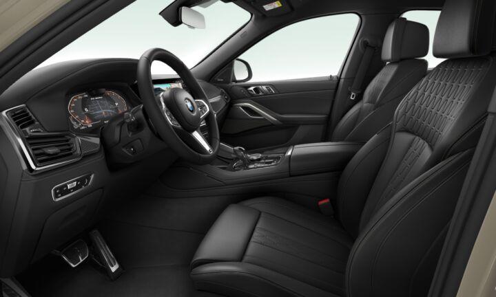 Vista Interior derecha del BMW X6 M50d