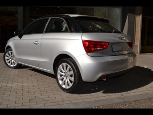 Foto 1 de Audi A1 1.6 TDI Attraction 66 kW (90 CV)
