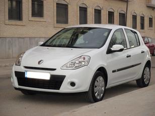 Foto 1 de Renault Clio 1.2 GLP 16V Business 55kW (75CV)