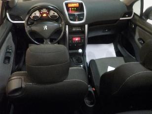 Foto 2 de Peugeot 207 CC 1.6 VTi 16v 88 kW (120 CV)